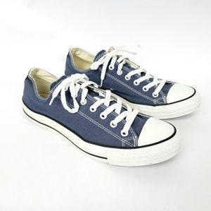 Converse navy blue low top shoes chucks lace